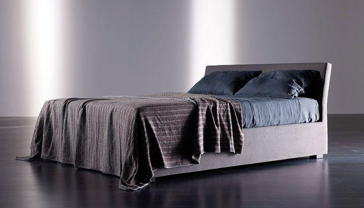 Кожаная кровать Meridiani Willis