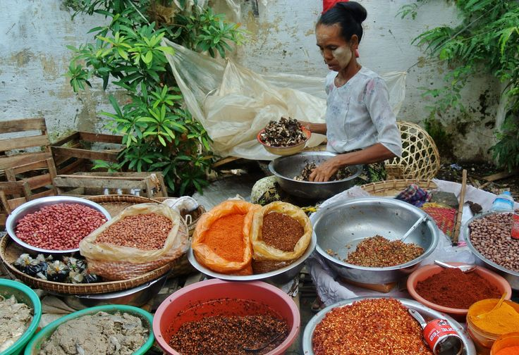 Spices at the Railway Market, Mandalay, Burma