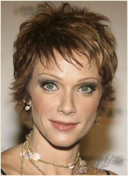Hairstyles for Women Over 40 | Lauren Holly Pixie Cut Hairstyles