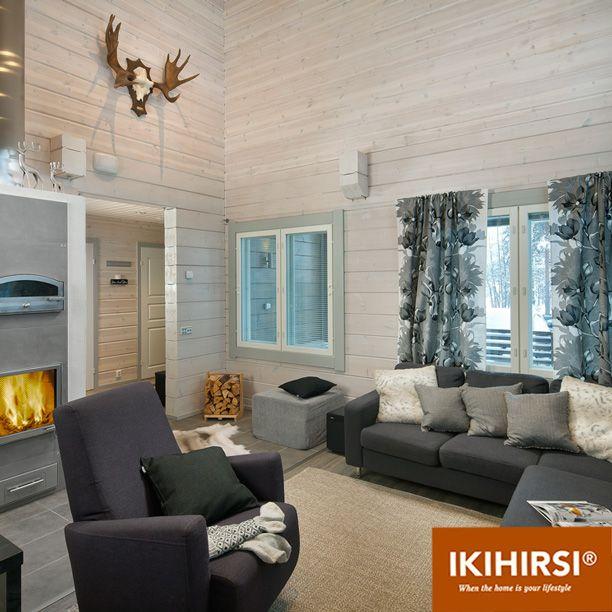 Зона отдыха в гостиной. Модель H2-154 #деревянныйдом из клееного бруса #Ikihirsi. Еще больше проектов на http://www.ikihirsirussia.ru/