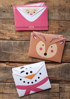 Voici de jolies enveloppes à imprimer gratos pour envoyer vos cartes de vœux ou la lettre au Père Noël! #diy