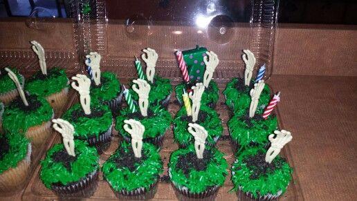 My Publix Zombie Cakes Zombie Birthday Pinterest