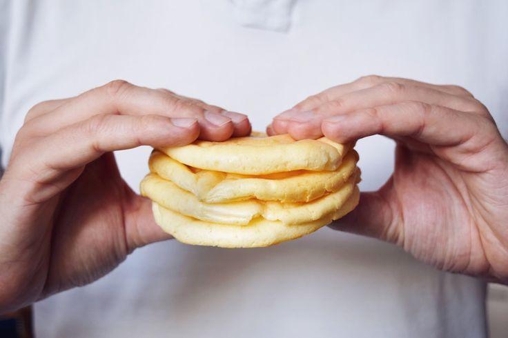 Jestli vám u cukrfree chybí něco, na co si můžete namazat pomazánku, hodit kus sýra nebo masa a zeleniny, tak už vám to něco chybět nemusí. Oopsies!