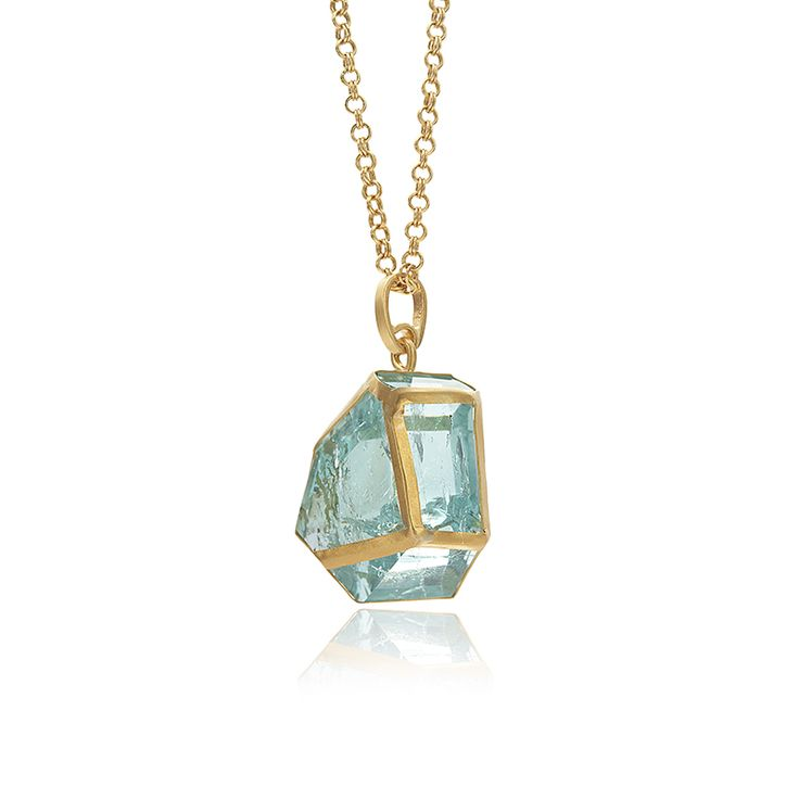 CAGED AQUAMARINE PENDANT NECKLACE    22K gold chain with 124ctw aquamarine set in 24K gold