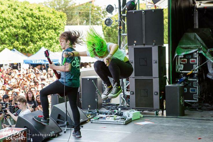 Tonight Alive, Brisbane - Vans Warped Tour Australia. Photo by Sammy Roenfeldt