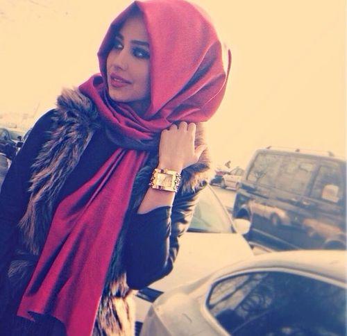 gorgeous red scarf #hijab #hijabi #style