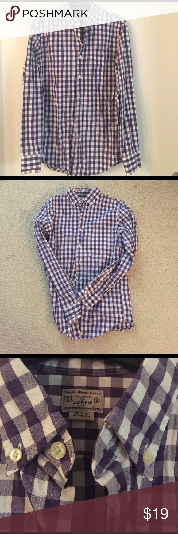 Men's JCrew button down, purple and white Small Men's Small JCREW casual button down. Purple and white plaid. Excellent condition! J. Crew Shirts Casual Button Down Shirts