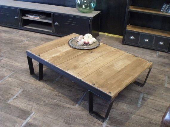 Table basse palette style sncf en bois m tal m taux et tables - Construire table basse ...