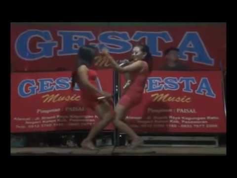 Gesta Music Live VIDIO GOYANG HOT Bersama Reni dan Fika