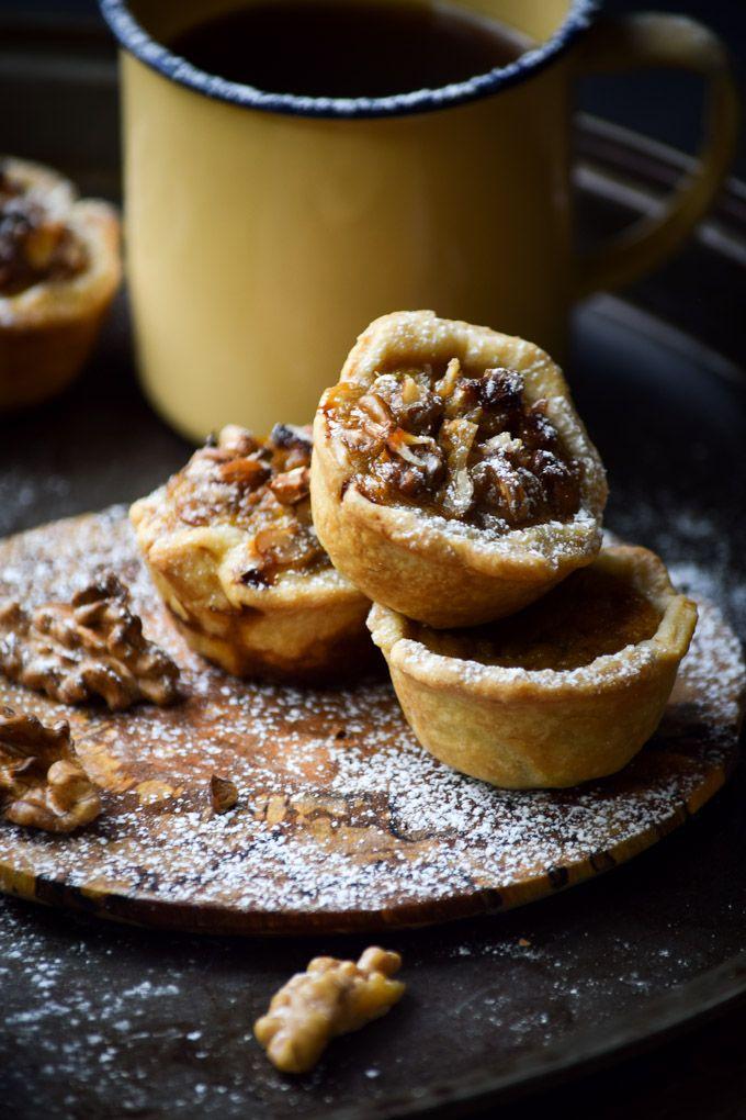 Mini Honey Walnut Pumpkin Pie Tassies #pumpkin #walnut #minis