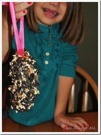 Homemade Pine Cone Bird Feeder #Craft for Kids