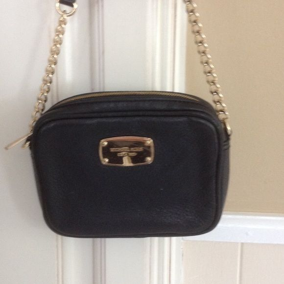 Michael Kors black purse Black with gold chain strap purse. Just like new Michael Kors Bags Crossbody Bags