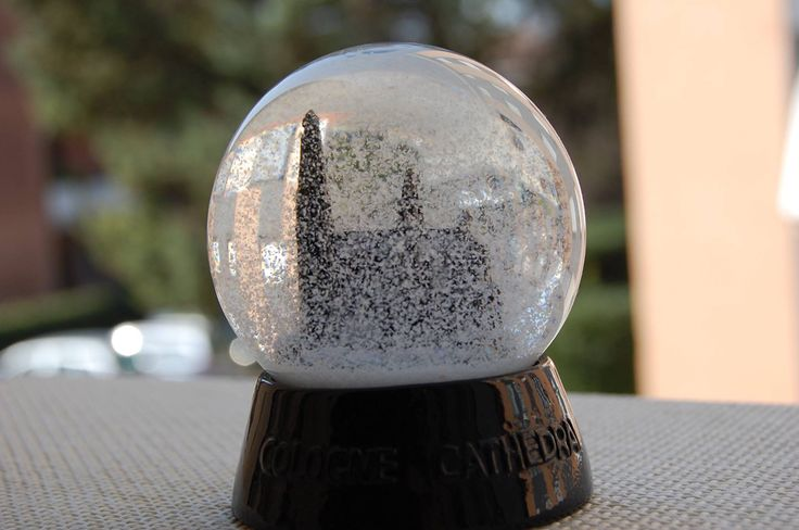 Koln, snowball glass