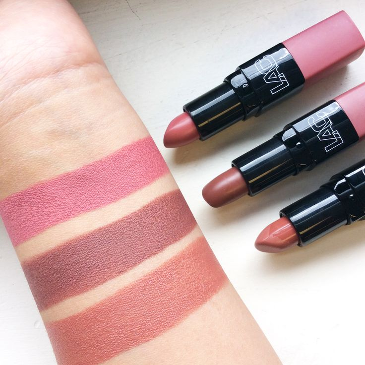 Dead.... Totally in love with these nude shades of LA Colors Creamy Lipstick!  Top to bottom : CML462,463 & 478  Ladies..It's on sale now.....pp??  Click here-----> http://www.ikatehouse.com/la-colors-cream-lipstick.html
