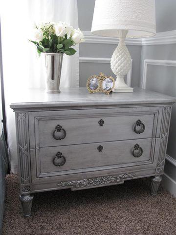 DIY metallic furniture... gonna spend the weekend making my furniture match my new bedding set!!