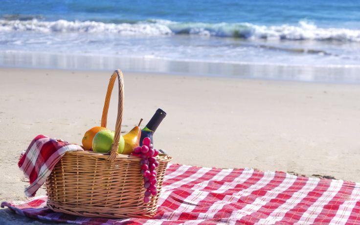 11 recetas para un #picnic de playa, ideal para una calurosa jornada de sábado al aire libre... ¡Bon Appétit!  http://www.directoalpaladar.com/directo-al-paladar/11-recetas-para-un-picnic-de-playa