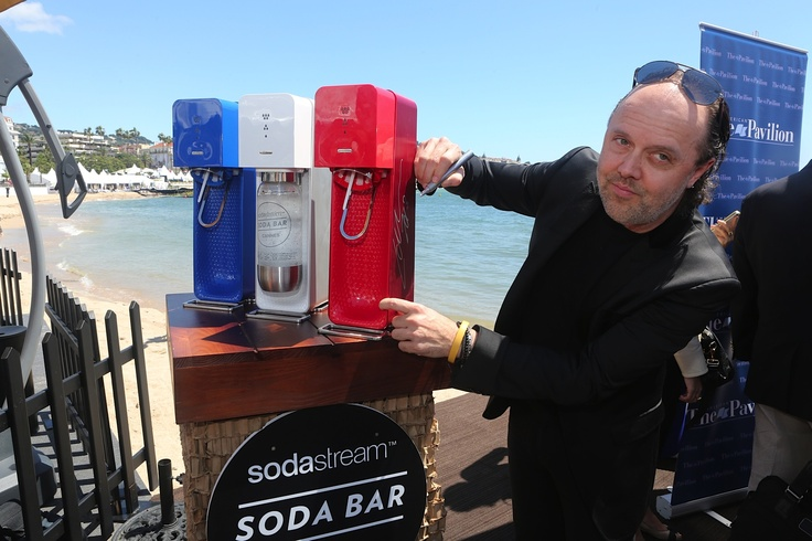 Lars Ulrich signing a Source at #Cannes2013