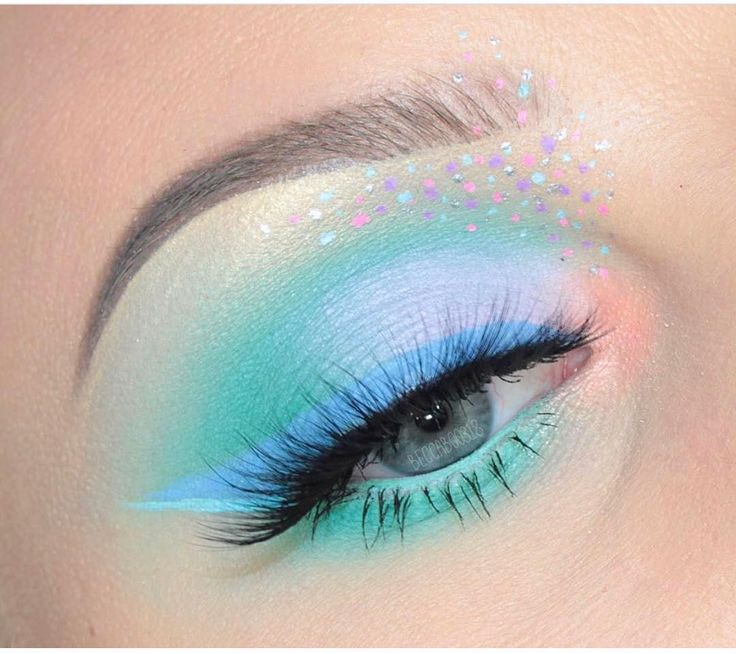 """28.5k Likes, 57 Comments - Sugarpill Cosmetics (@sugarpill) on Instagram: """"☁️ @beccaboo318's eyes are a slice in heaven in #sugarpill Mochi and Frostine eyeshadows!"""""""