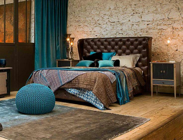 Бирюзово-шоколадная спальня