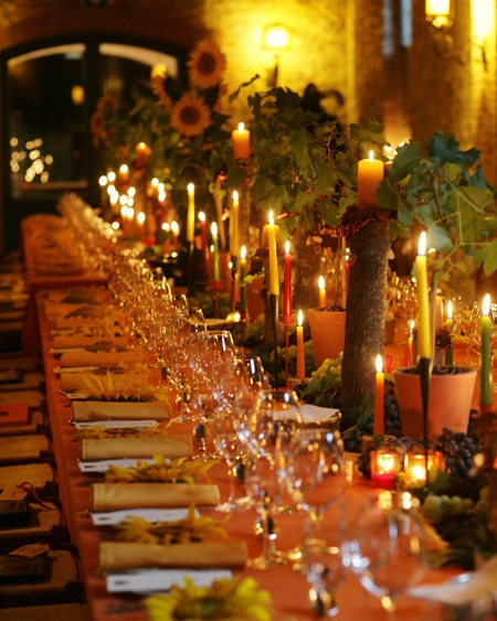 Tuscan wedding all with vine plants on this table