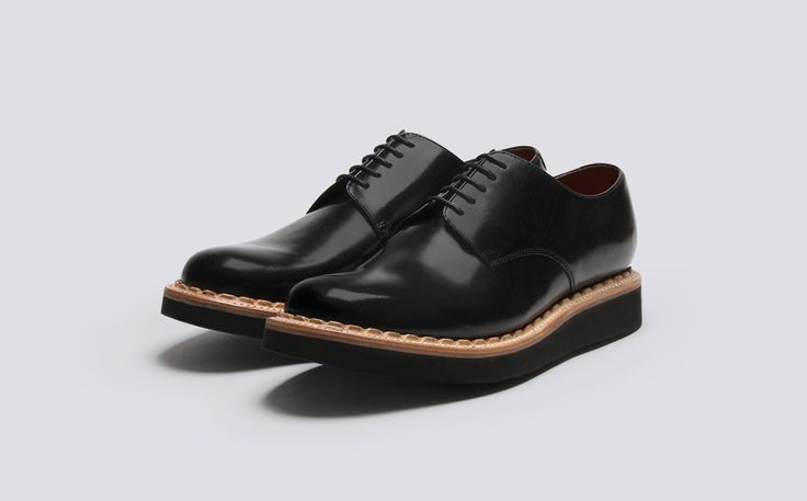 Mens Derby in Black Crackle Rub Off Leather with a Black Wedge Sole | Curt | Grenson Shoes - Three Quarter View