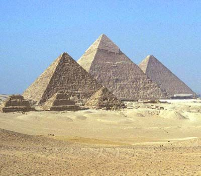 The pyramids at Giza, belonging (from the right) to Khufu (also known as Cheops), Khaefre (Khephren) and Menkaure (Mykerinus)