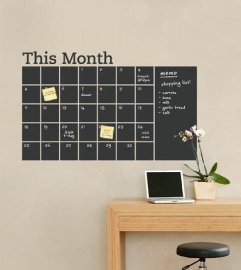 Kalender van schoolbordverf voor op de muur. Door SandraTee