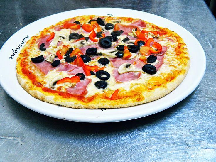 Adrian Butnariu: Cum sa faci o pizza aproape perfecta