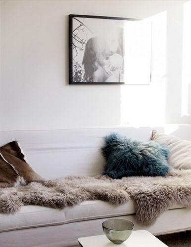 Les 25 meilleures id es concernant tapis de mouton sur pinterest tapis moelleux et tapis de - Ikea peau de bete ...