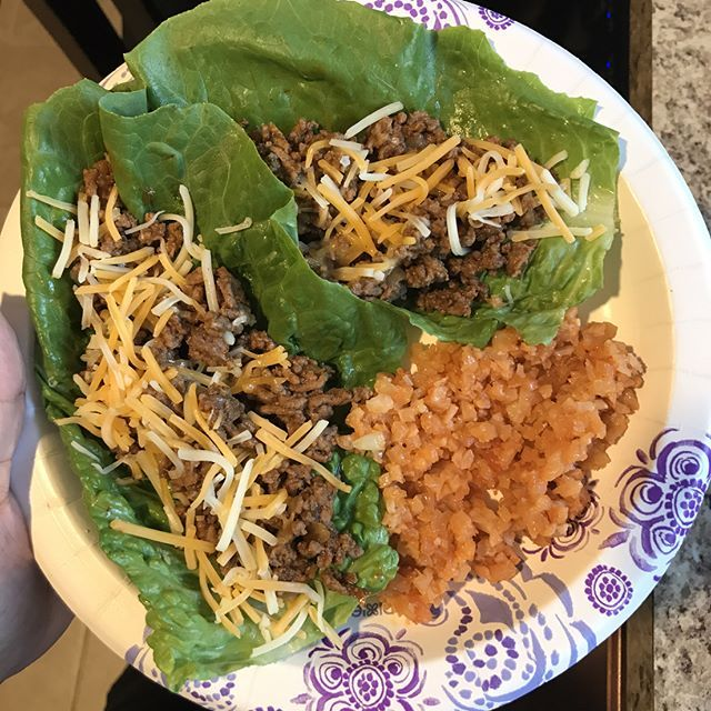 Dinner: taco boats with Spanish Caulirice, made with @greengiant cauliflower rice and @knorr tomato bouillon. Cook rice in bag, add bouillon and let dissolve, I also add cooked onions in mine. #breakingupwithcarbs #diet #hflc #ketogenic #keto #ketosis #lchf #lowcarb #lowcarbhighfat #lowcarbdiet #lowcarblife #lowcarblifestyle #lowcarbfood #lowcarbideas #weightloss #atkinsdiet #myweightlossstory #lowcarbsupport #nocarbs #weightlossjourney #sugarfree #mexicanlowcarb #weightlossmotivation…