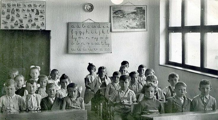 Felnémeti első osztályos általános iskolások 1957 körül