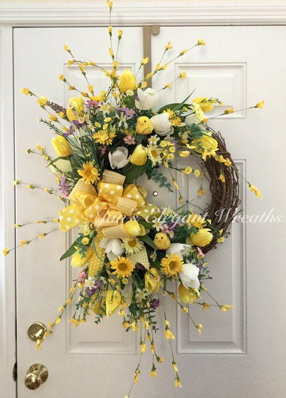 Spring Wreath. Easter Wreath. Tulip wreath. by JansElegantWreaths