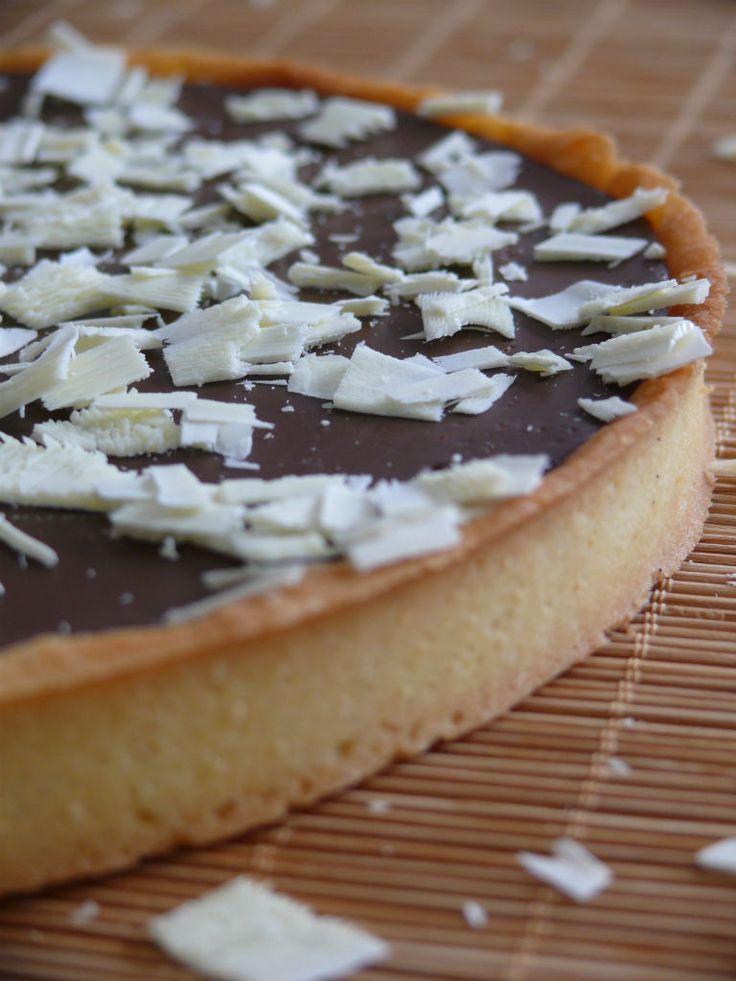 Alors moi, quand je croque dans une tarte au chocolat c'est immédiat je retourne 20 ans en arrière: je suis…