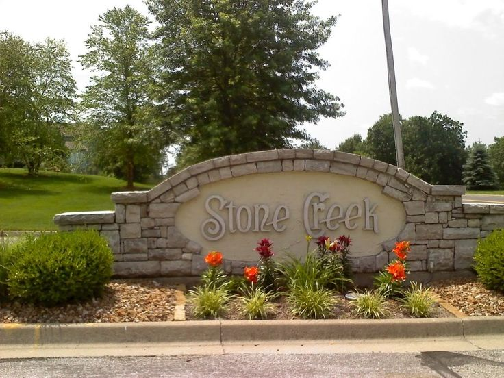 Neighborhood entrance sign designs bing images for Landscaping rocks tallahassee