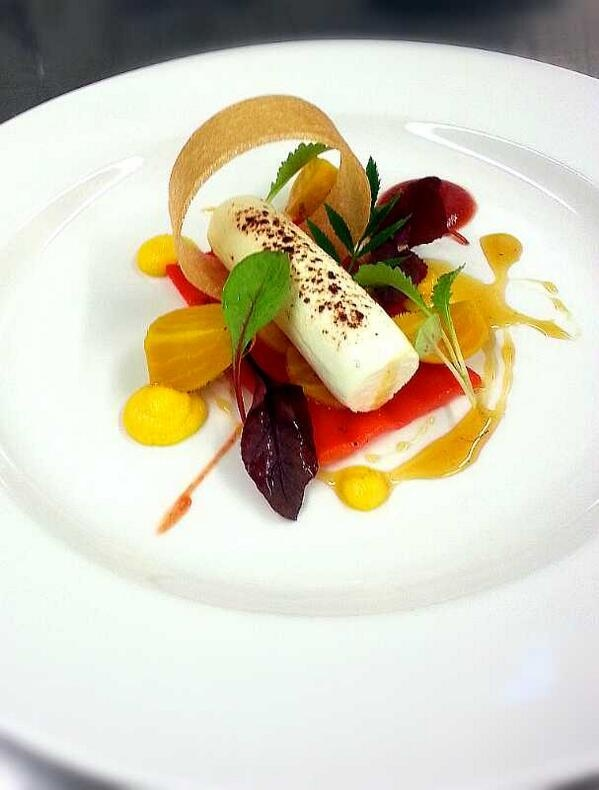 233 best images about food style plating on pinterest for Fine dining food