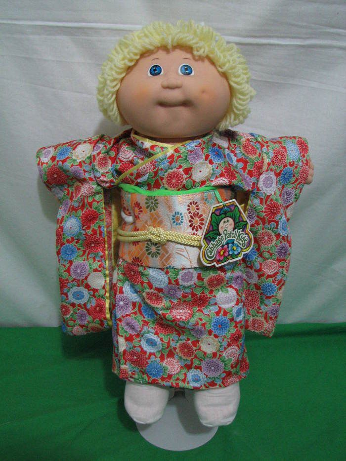 CABBAGE PATCH KIDS DOLL JAPANESE TSUKUDA KIMONO OUTFIT BLOND CPK VTG JAPAN w TAG #DollswithClothingAccessories