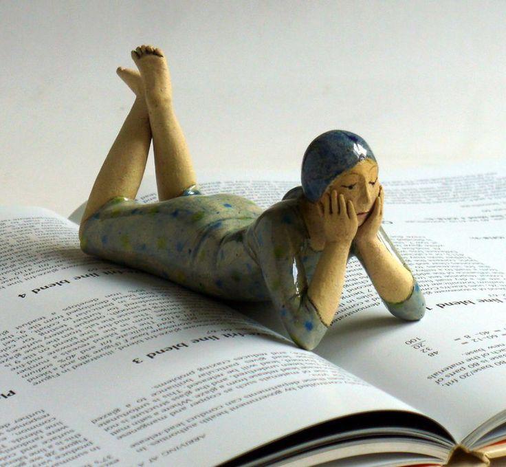 Elizabeth Price ceramic sculpture http://www.pinterest.com/loesjeaagje/more-art/