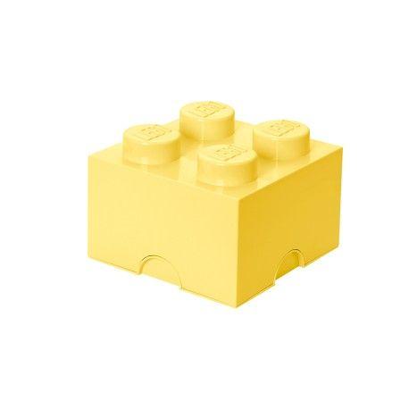 """Lego opbevaringskasse - lille brick 4 - Super smarte og lækre opbevaringskasser fra Room Copenhagen.   Kan bruges både i børneværelset og i stuen.  Alle kasserne kan stables ovenpå hinanden, også store og små sammen.  Fås også i en større variant """"Lego opbevaringskasse - brick 8"""""""