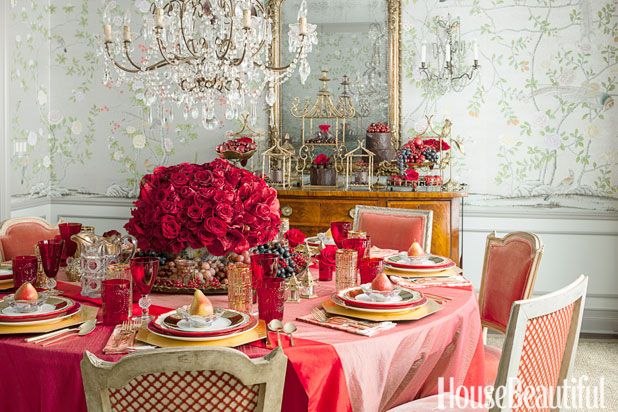 46 best table top decor images on pinterest fall thanksgiving table settings and holiday tables - Interesting tables capes for christmas providing cozy gathering space ...
