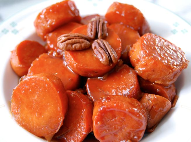 candied yams...YUM: Potatoes Side Dishes, Candied Sweet Potatoes, Candied Yams Recipe, Crock Pots, Yam Recipes, Yams Recipes, Slow Cooker, Candy Yams, Candy Sweet
