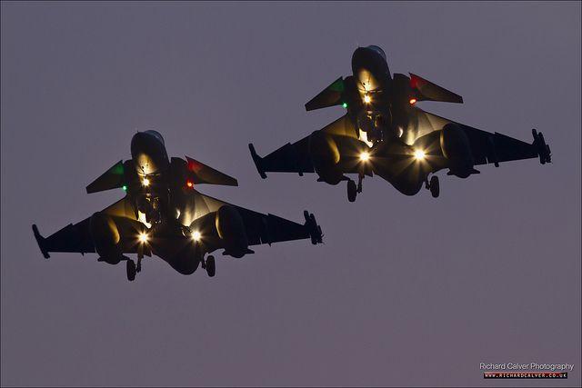 Night Twins - Saab JAS-39C Gripen pair 39216 & 39257 at RAF Lakenheath by Richard Calver - www.richardcalver.co.uk, via Flickr
