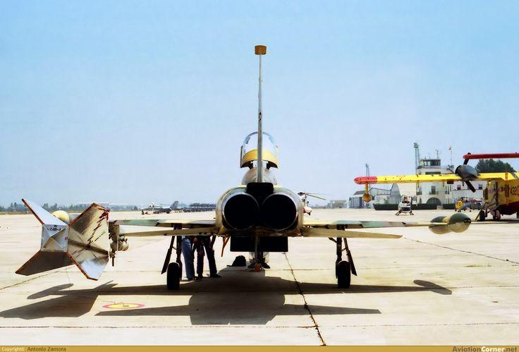 Northrop (CASA) F-5 Ala 23. Porta dardo para prácticas de tiro