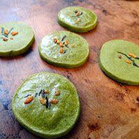 Green tea shortbread cookies