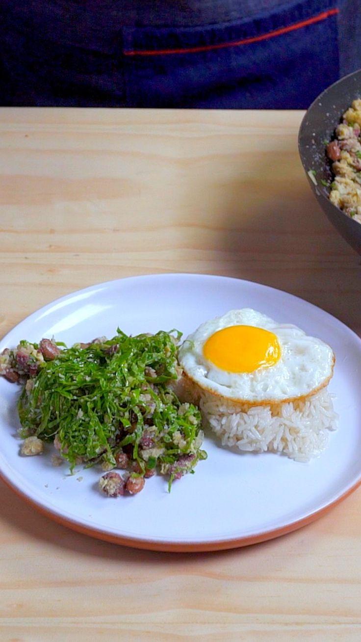 Feijão Tropeiro, esse prato típico da culinária brasileira vai ser a estrela principal do almoço em família!