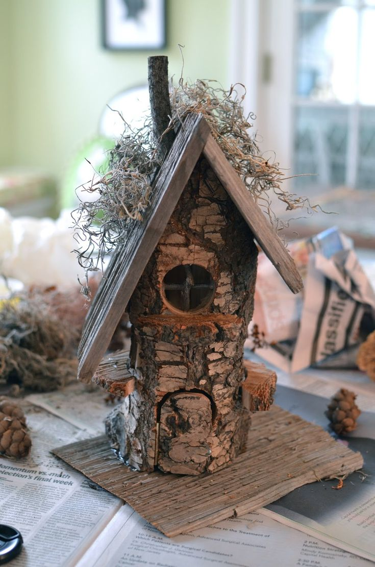 A Gnome House   I remember how I used to be mesmerized by tree houses, cottages and forest dwellings when I was a child ... I was also better at visualizing back then...