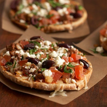 Greek Pita PizzasPita Breads, Healthy Pizza Recipe, Ground Beef Recipe, Greek Pita, Pita Pizza, Wheat Pita, Pizza Recipes, Health Tips, Ground Turkey