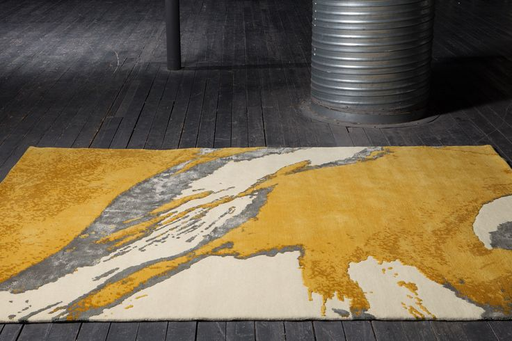 RUN rug - New - Shadow effects combined with yellow, ochre and grey hues to achieve the great light of this carpet