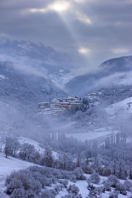 winter in the Valnerina with Preci in the snow, Umbria, Italy | David Noton Photography province of Perugia