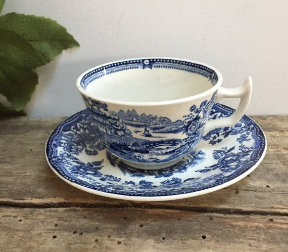 Vintage Royal Staffordshire Tonquin tè di PrairieVintageFinds