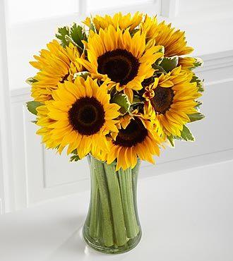 arreglos con girasoles en vidrio - Buscar con Google  sunflower wedding invitation